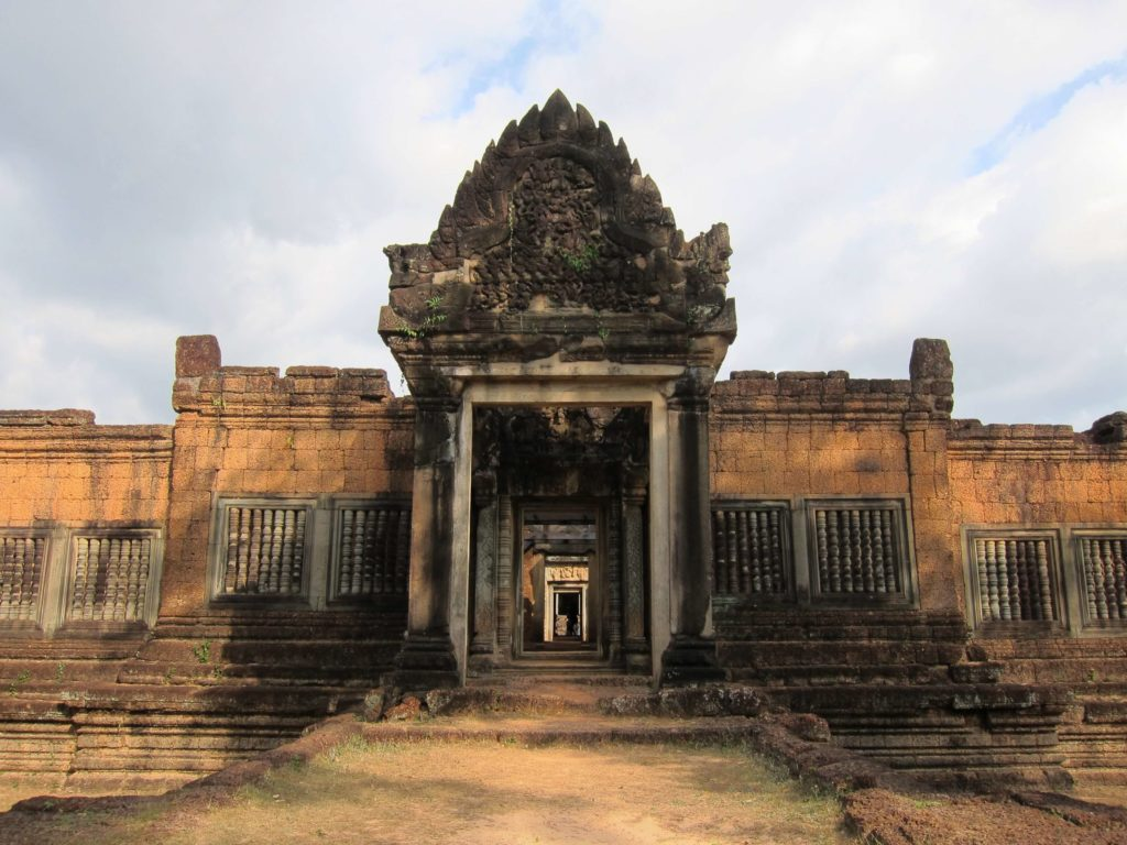 3 Days of Temples Galore in Siem Reap, Cambodia - Banteay Samre