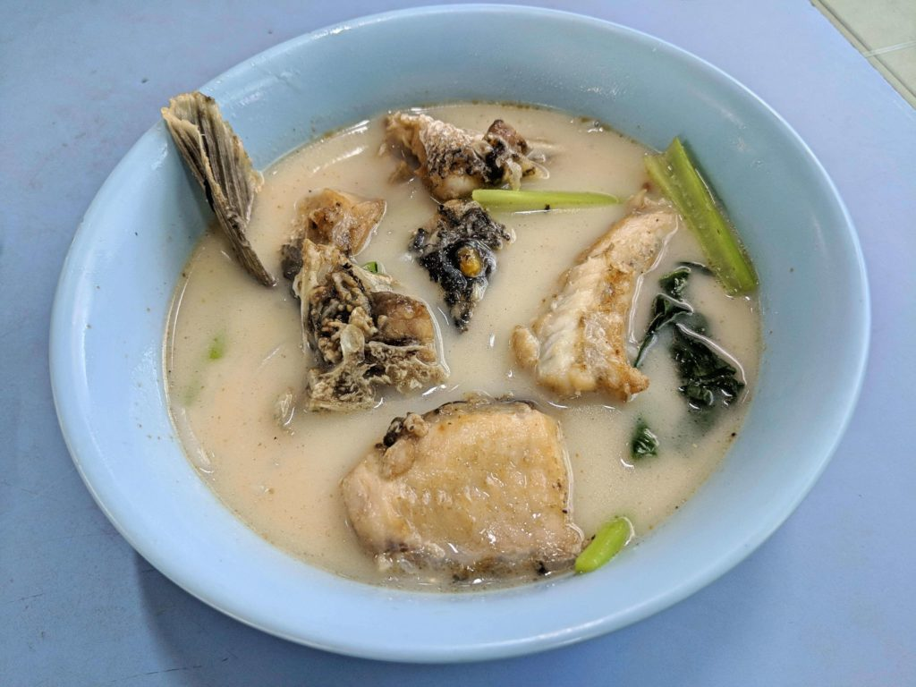 We devoured the fish noodle soup from Chinatown Complex's Anji hawker stall.