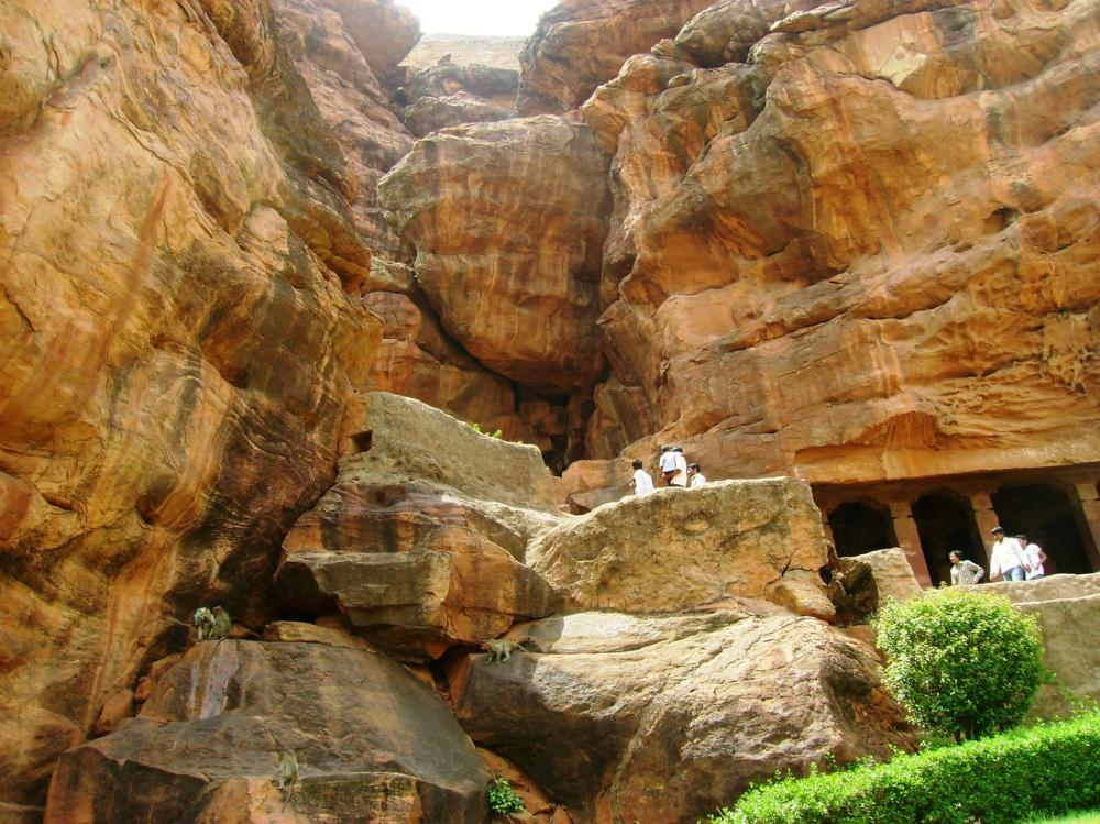 Caves Around The World in Asia: Badami Caves in Karnataka, India