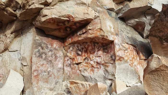 Caves Around The World in South America: Cuevas de las Manos in Santa Cruz Province, Argentina