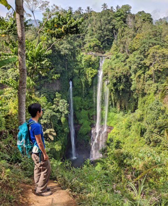 Sekumpul Waterfall in Bali: View of the waterfalls from the top of the mountain