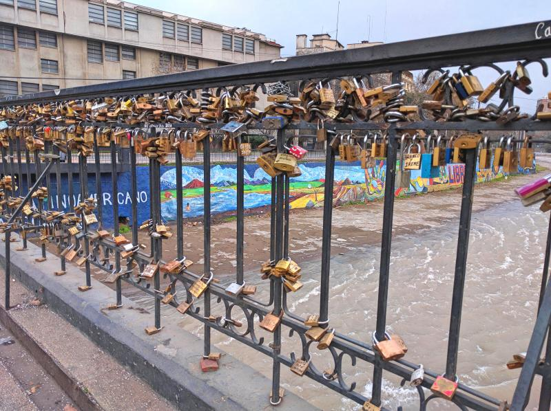 One day in Santiago, Chile: Lover's Lock Bridge