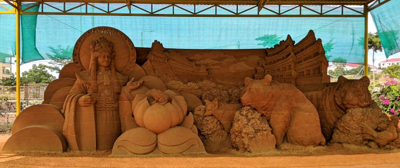 Mui Ne, Vietnam Things to do: Forgotten Land Sand Sculpture Park