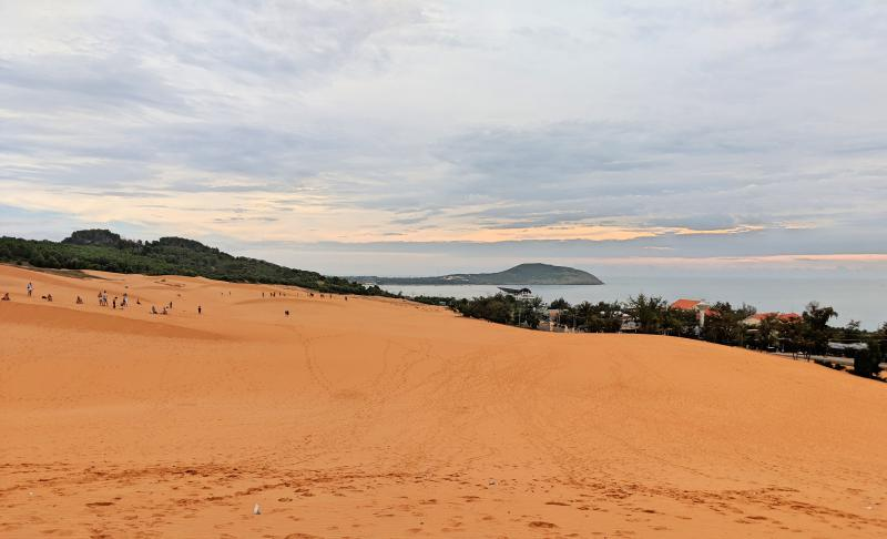 Mui Ne, Vietnam Things to do: Red Sand Dunes