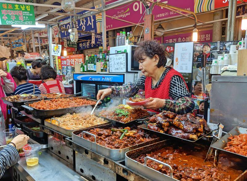Seoul in 5 days: Gwangjang Market has an array of street food