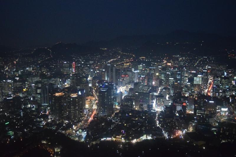 Seoul in 5 days: View of Seoul from the N Seoul Tower in the evening