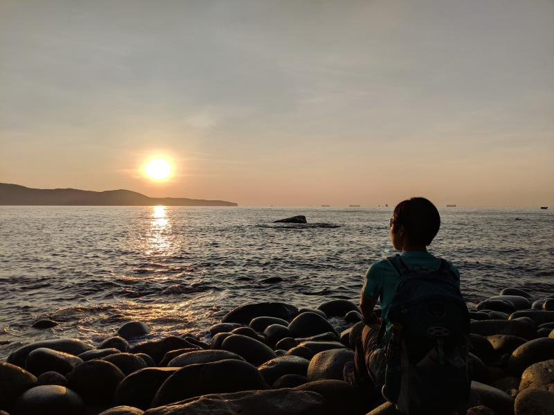 The Queen's Beach (also known as the Stone Egg Beach) has hundreds of smooth egg-shaped rocks where you can see the sunrise, take photos, and observe the tranquility of the area..