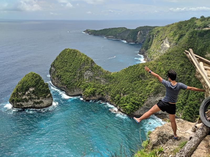 Side view of Kelingking Beach from the Paluang Cliff Viewpoint in Nusa Penida.