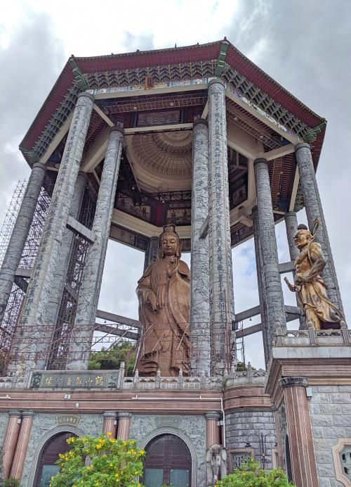 The top level of the Kek Lok Si Temple has the Guanyin Statue (Lady Buddha) with the pavilion in construction.