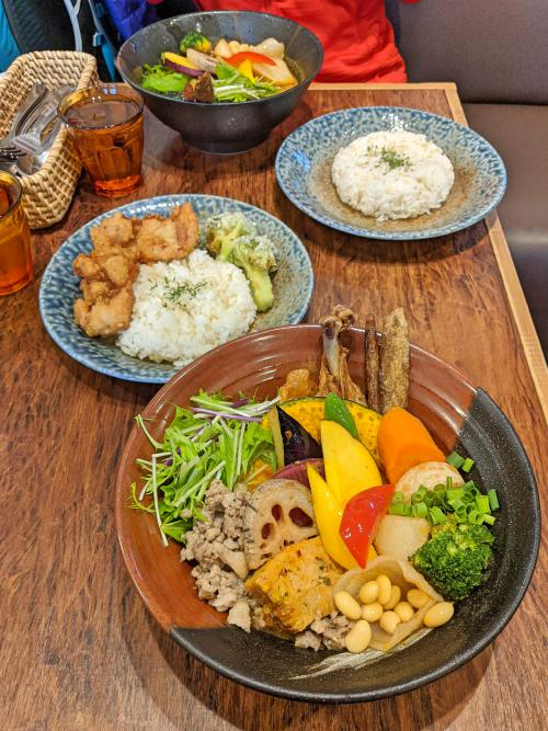 One of the best places to eat in Kamakura is at Rojiura Curry Samurai. They are known for their curry and is vegetarian friendly.