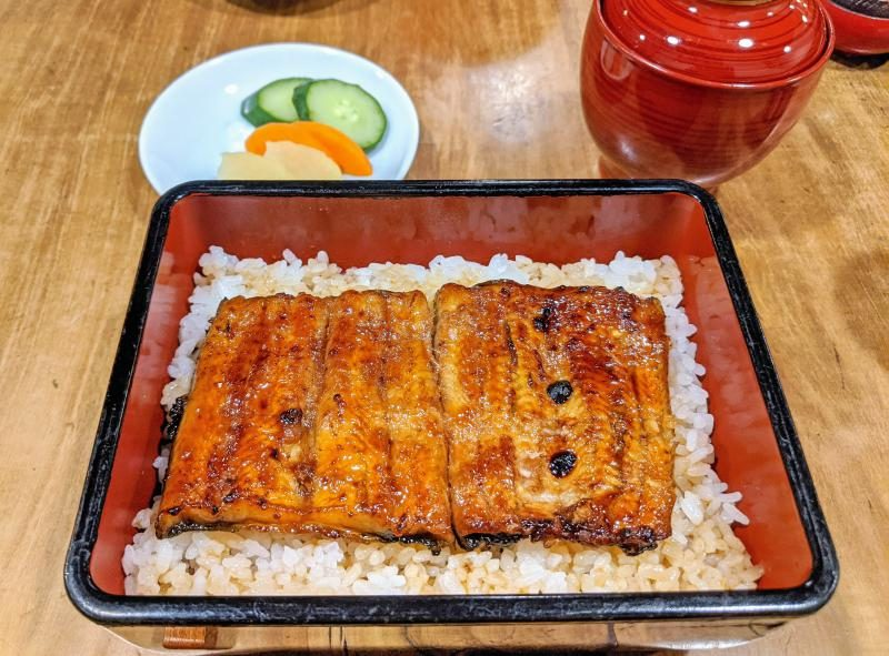 When you're in Kawagoe, check out Ogakiku. This restaurant serves delicious grilled eel over rice.