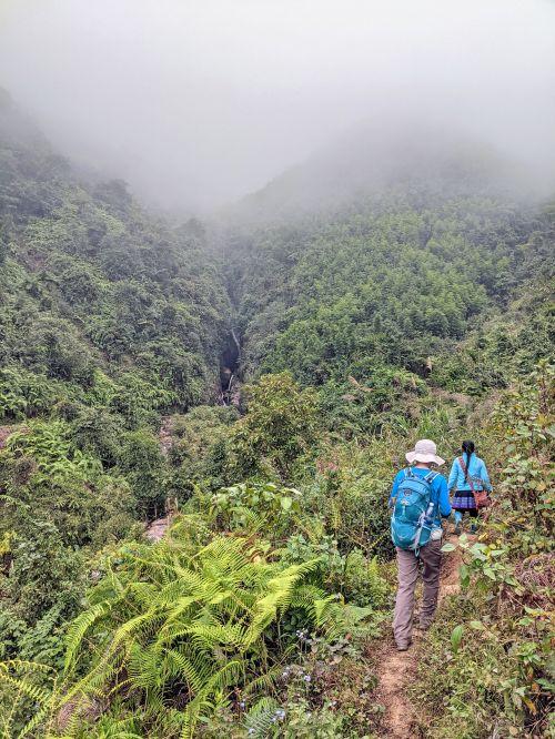 Jackie Szeto, Life Of Doing, trek with Zaazaa from Zaazaa Trekking, in the mountains of Sapa, Vietnam