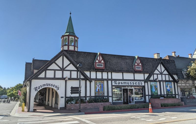 Rasmussen's is a gift shop in Solvang with an Danish-inspired building fascade.